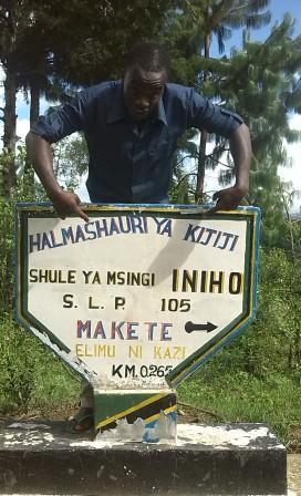 Kelvin Mwinuka, YPHE trainer at Iniho Kibaoni